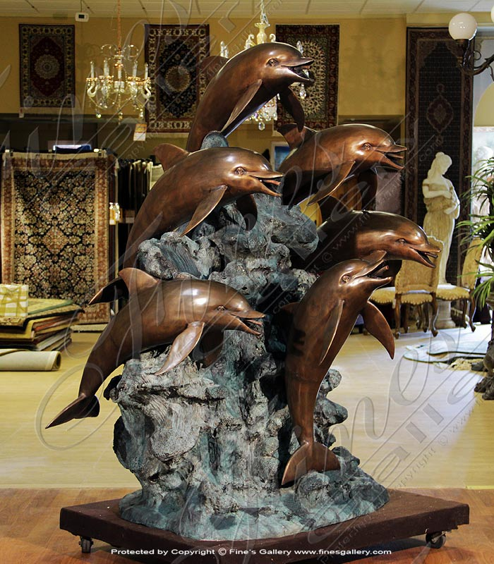 Classic Dolphin Family Bronze Fountain