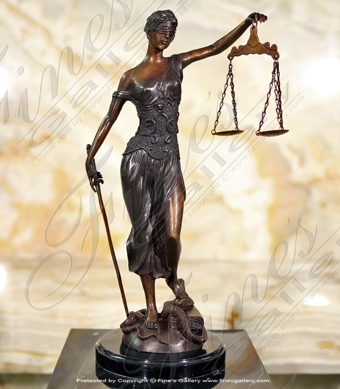 19 Inch Lady Justice