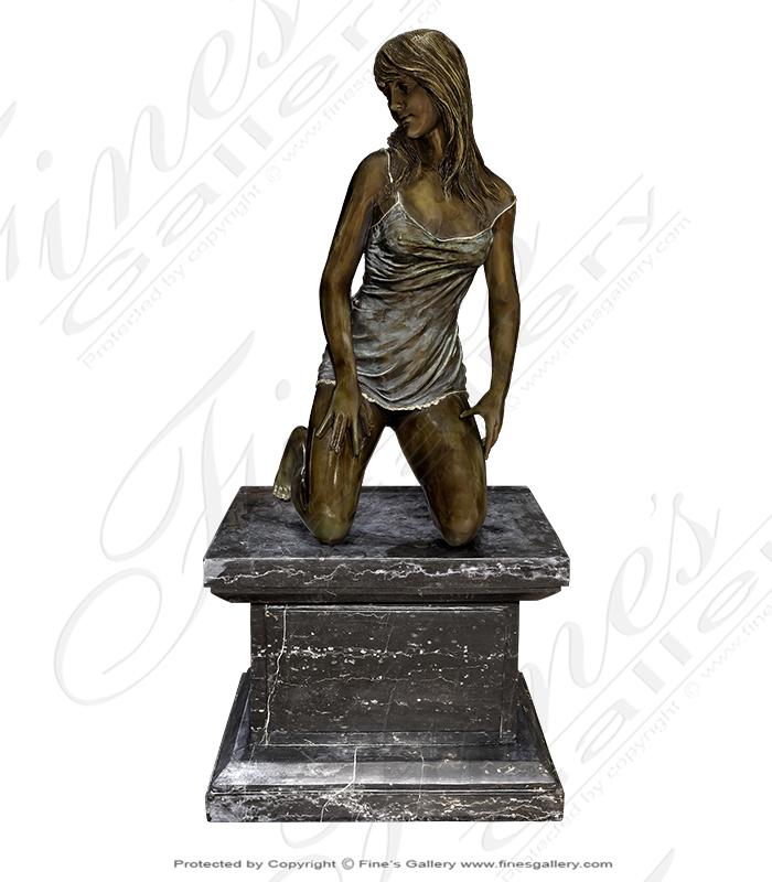 Bronze Lady Kneeling Statue