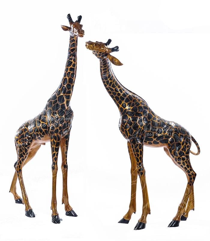 Large Giraffe Pair